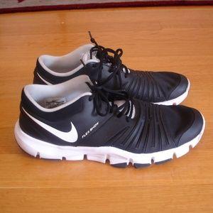 NIKE Men Sz 12 Flex Show TR 5 Black Running Shoes